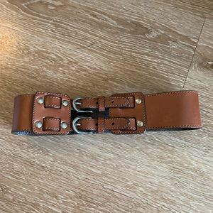 Tan waist belt